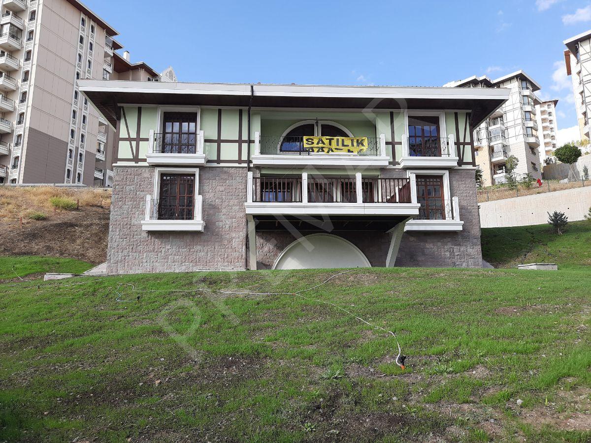 Kuzey Ankara'da Müstakil Bahçeli Lüks Villa