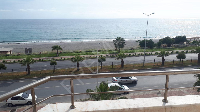 Mükemmel Akdeniz Manzaralı Denize Sıfır, 2+1 Site İçi Havuzlu Daire