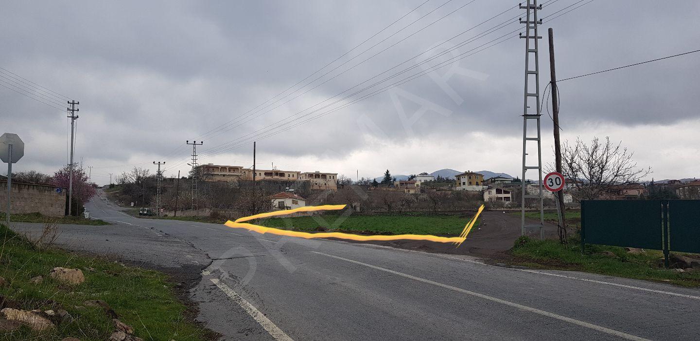 Premar'dan Erenöy Mah. Kayseri Manzaralı Asfalt Kenarı Parsel