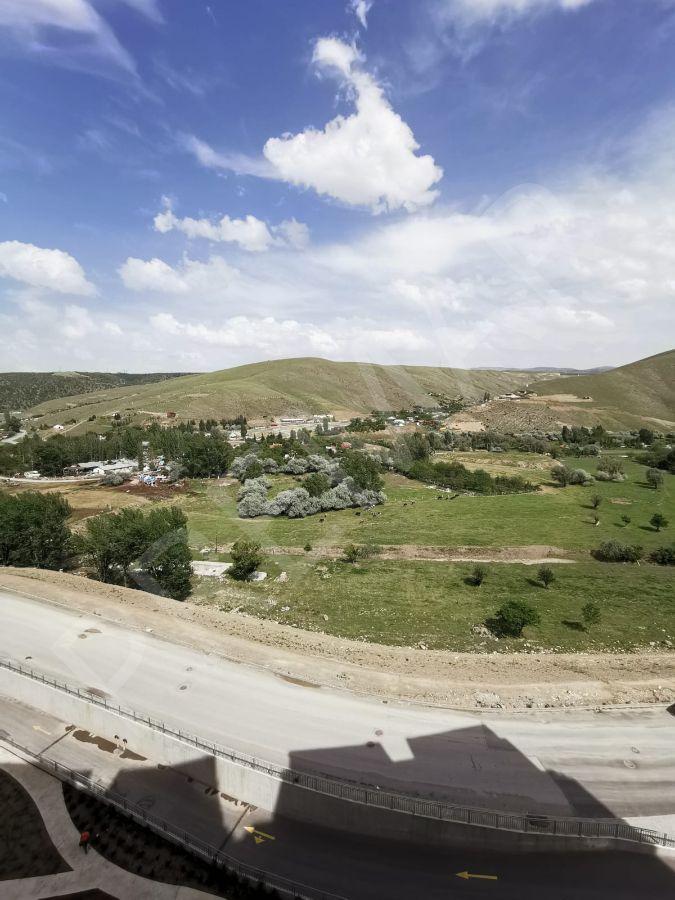 Güneypark 2 Sitesinde 4+1, 200 M2 Vadi Manzaralı Fırsat Daire