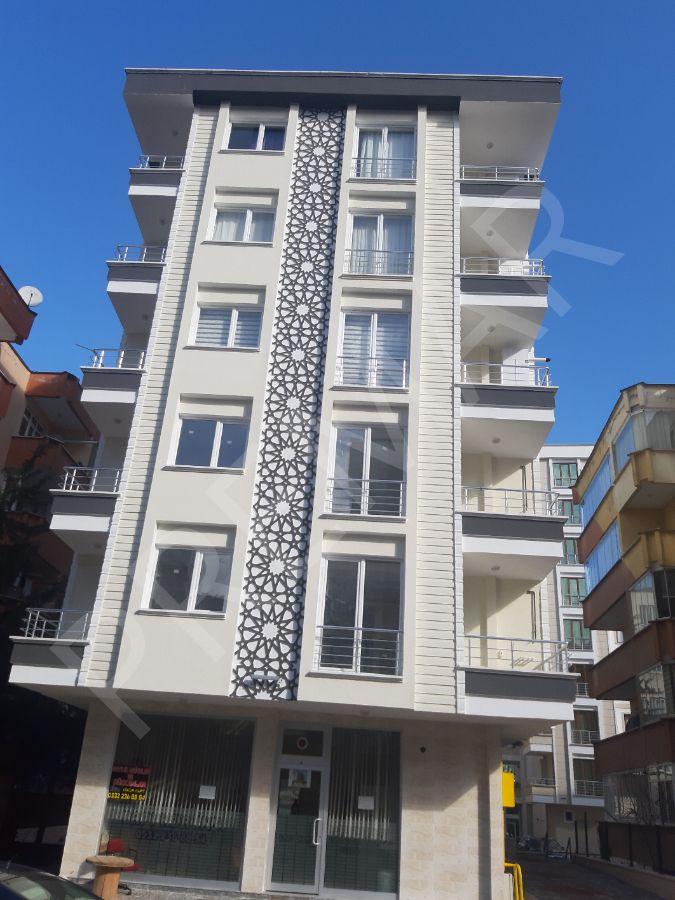 Banu Hatipoğlu 'ndan Tramvaya 50 M Lüks 2+1