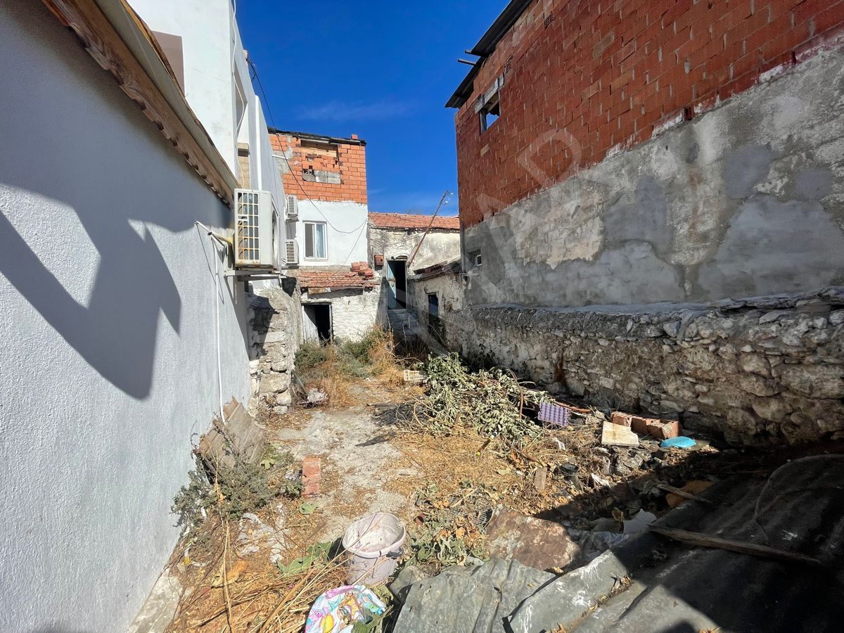 Premar Datça Reşadiye'de 116m2 Arsa İçinde Eski Köy Evi