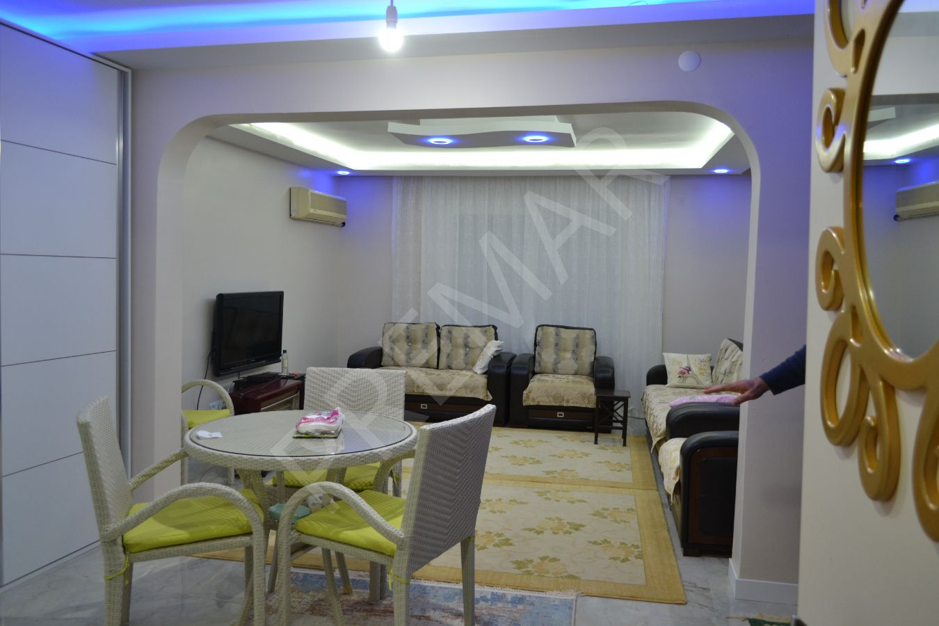 Didim Çamlık Mahallesinde Satılık Full Eşyalı 3+1 Villa