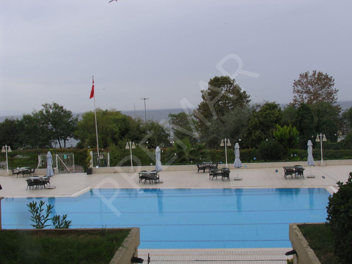 Yeşilköy De 3+1 Kiralık Daire, Site İçersinde Merkezi Konumda 140m2
